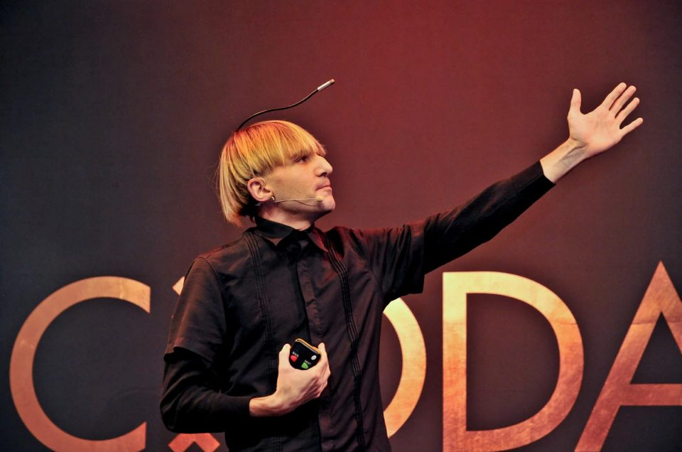 Neil Harbisson: The future of our species